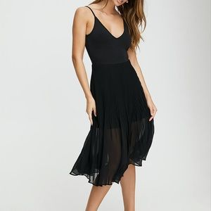 NWT Aritzia daphne dress